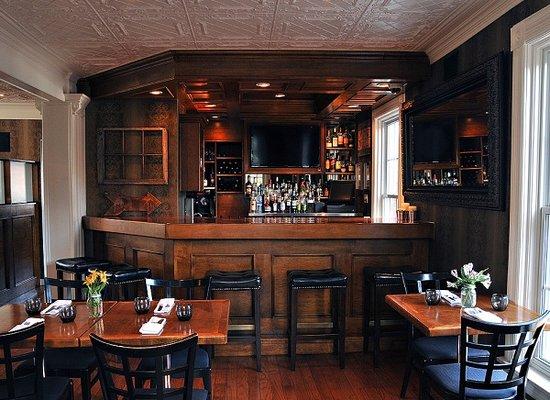 Brooklin, แคนาดา: Harvest Bar