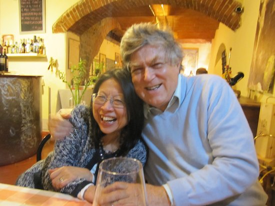 Vagliagli, Italy: Our hosts, Guido and Nuboko from Castello Selvole.