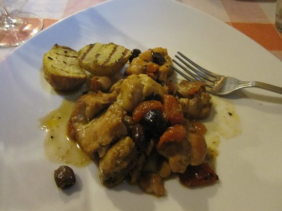 Vagliagli, Italy: I don't remember what the dish is... but, it was delicious.