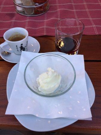 Vinisce, Croácia: Dessert