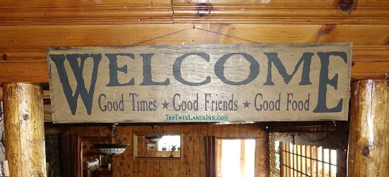 Twin Lakes, Kolorado: The sign hanging above the door to the Dayton Room welcomes diners.