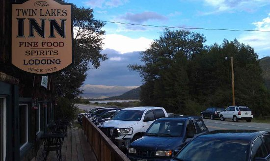 Twin Lakes, CO: Evening dinners at the Inn attract lodging guests, locals and area visitors. Reservations sugges