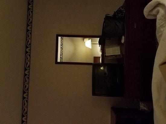 Springfield, KY: 20170616_011327_001_large.jpg