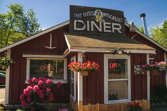 Miss Wiscasset Diner: Bigger than it Looks