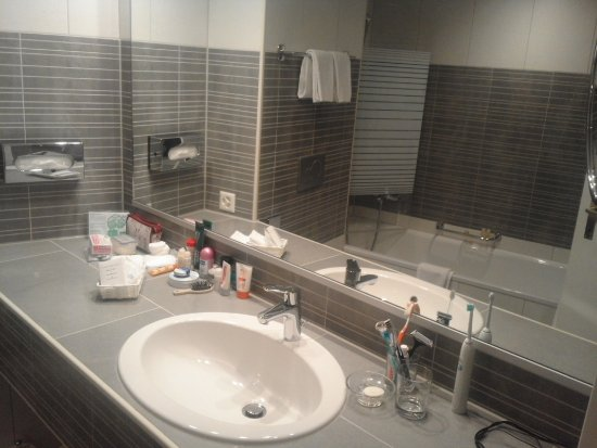 Hotel Silberhorn: Room 432