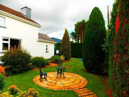 Belturbet, Irland: Fortview Courtyard