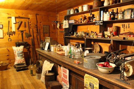 South Boston, Virginie : Late 1800s Country Store