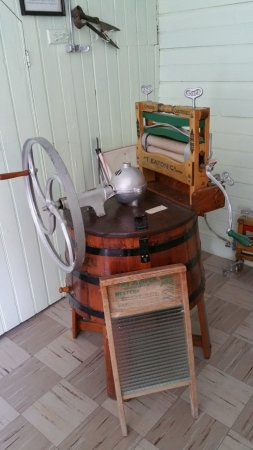 Kootenai Brown Pioneer Village: Latest washing machine