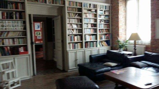 Villenouvelle, Francia: Bibliothèque