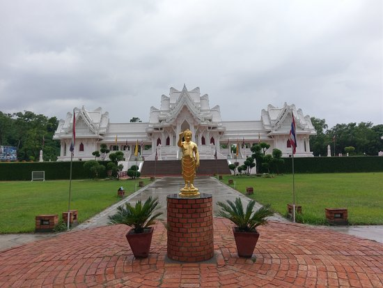 ‪Royal Thai Monastery‬