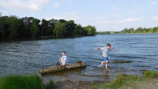 Arkansas City, KS: Grandsons playing in the water