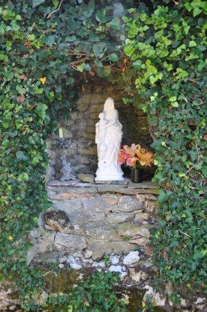 Salignac-Eyvigues, France: Vierge