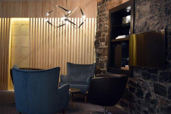 Chateau Fleur de Lys - L'HOTEL: Suite Junior (2 lits Queen) - Inspired by the Sixties - Salon