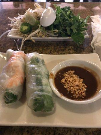 Viet Huong Vietnamese Restaurant: photo0.jpg
