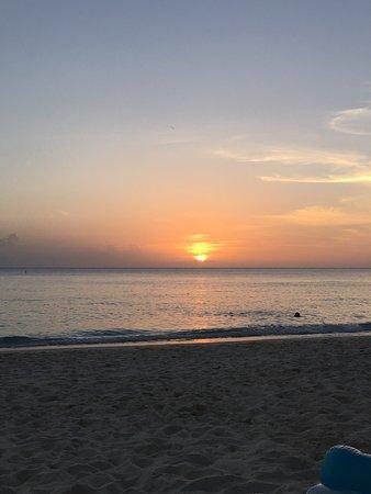 Caribbean Club: photo1.jpg