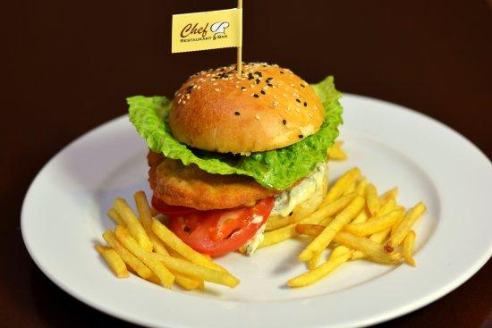 Zilina, سلوفاكيا: Kurací hamburger 