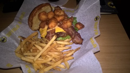 Hanford, CA: Cheese Curd Bacon Burger