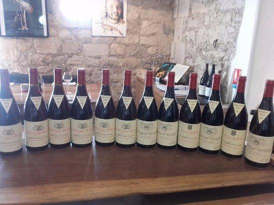 Bellegarde, Fransa: plus de 200 références de vins