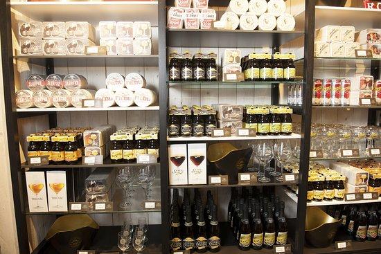 Interieur winkel foto van brouwerij van honsebrouck for Interieur winkel antwerpen