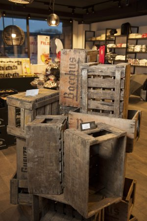 Interieur winkel foto van brouwerij van honsebrouck for Interieur winkels