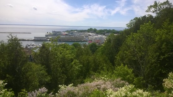 """Arrowhead Carriages : View from the top of the bluff. Our driver stopped often to allow such """"photo opps""""."""