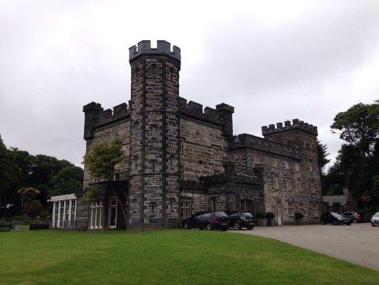 Castell Deudraeth: photo0.jpg