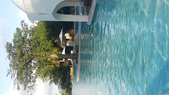 Swahili Beach Resort: 20170616_172325_large.jpg