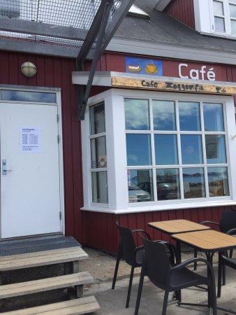 Cafe Toqqorfik