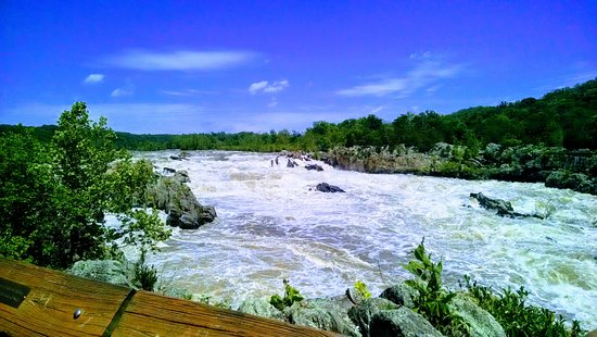McLean, VA: Great Falls Overlook