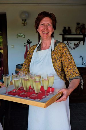 Tiszaderzs, Hungary: Gastvrouw Anita