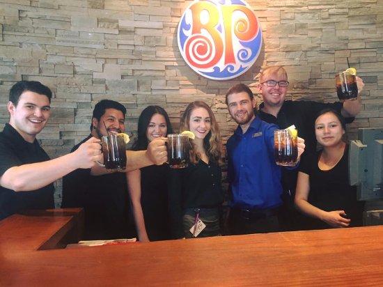 Fort Frances, Canadá: Super Tea Saturday!