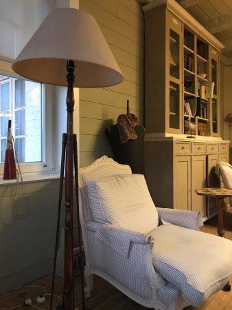 Hotel Alizee: Lese- und Aufenthaltsraum