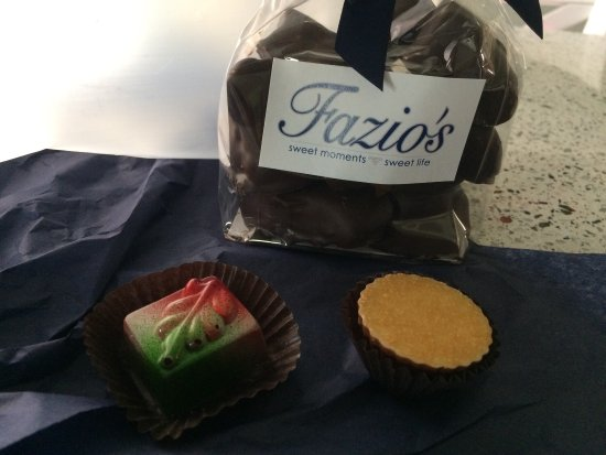 ‪Fazio's Sweet Moments Sweet Life‬