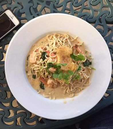 Boulders Beach Lodge and Restaurant: Noodles with prawns.