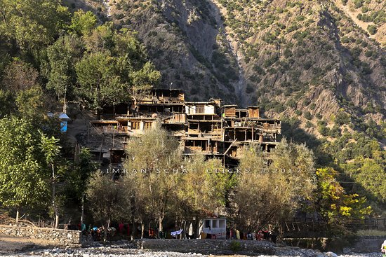Chitral, ปากีสถาน: Birir valley of Kalash
