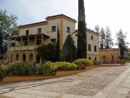 Museo de Historia y Cultura Casa Pedrilla Y Casa-Museo Guayasamin