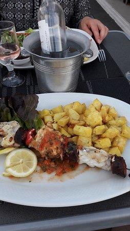 Restaurant les ailes volantes dans saint cyr l 39 ecole avec for Ecole superieure de cuisine francaise