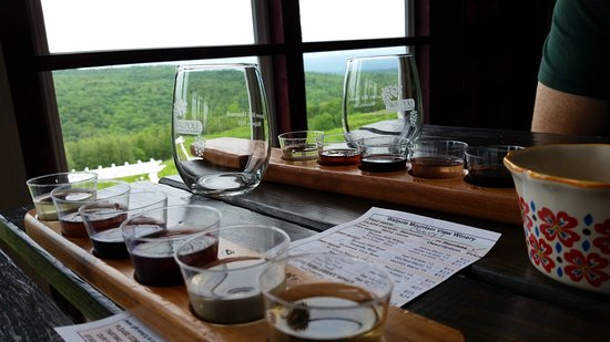 Walpole Mountain View Winery Photo