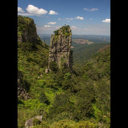 """Graskop, Sudáfrica: Formação rochosa """"The Pinacle"""""""
