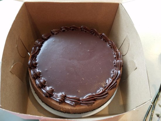 Oceanside, Νέα Υόρκη: My very own TRIPLE CHOCOLATE CHEESECAKE $18 Best money spent to please your heart not your waist