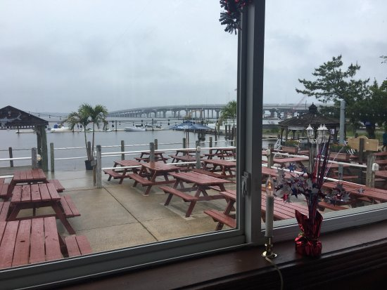 Marmora, NJ: Lunch menu, views from my table, my prime rib and my Tuckahoe coffee stout