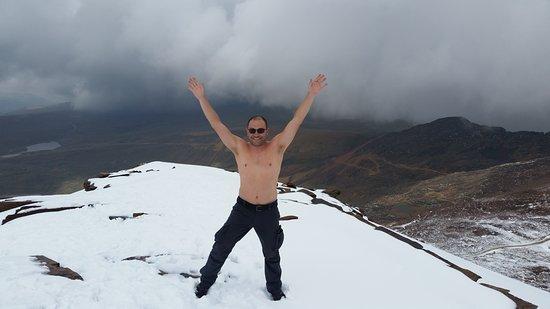 Chacaltaya Ski Resort : quando o sol saia, fazia até calor