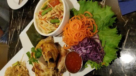Staunton, VA: Lemon grass soup, Thai BBQ, Pad Thai, Massaman Curry chicken