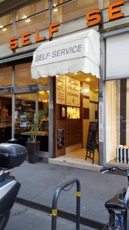 Ristorante Self-Service Leonardo: a entrada