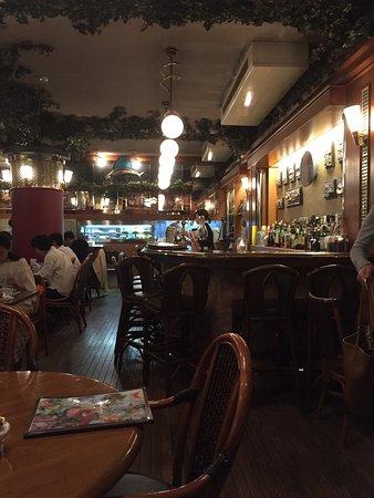 横浜の海岸通で北欧料理
