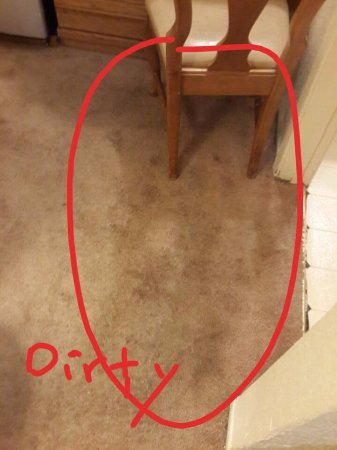 Cedar Inn: Carpet was dirty and smell mouldy