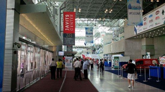 Jacob Javits Convention Center : Inside the centre