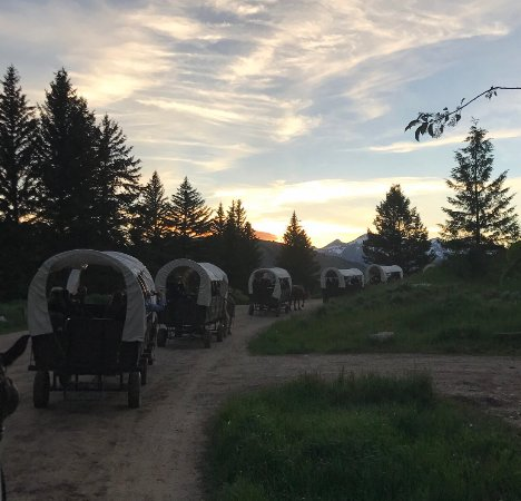 Bar-T-5 Covered Wagon Cookout : photo7.jpg