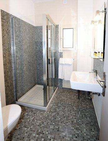 Hôtel Maquis et Mer : salle de bain