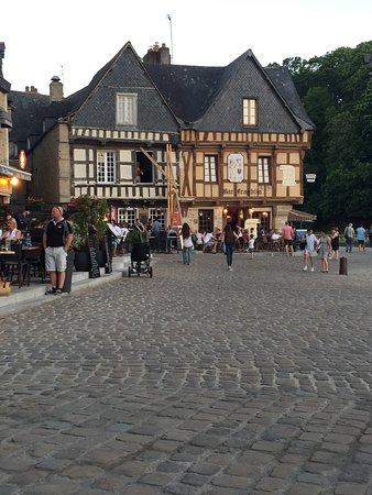 Bono, França: photo0.jpg